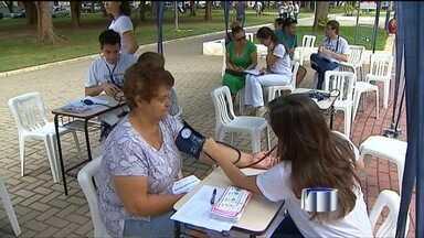 Dia Mundial de Prevenção do AVC é celebrado neste sábado (26) - No dia 29 de outubro é comemorado o Dia Mundial de Prevenção do AVC. Por isso, médicos do Hospital Universitário de Taubaté farão uma ação neste sábado (26) na Praça Santa Terezinha.