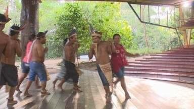 Parque do Mindu recebe a Primeira Semana Cultural Indígena em Manaus - Grupos indígenas encenaram rituais no encerramento do evento.