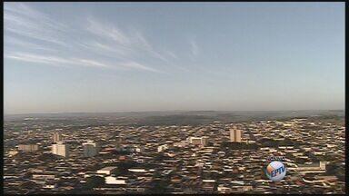 Veja a previsão do tempo para Ribeirão Preto - Temperatura caiu na cidade durante a madrugada e chegou a 14 graus.