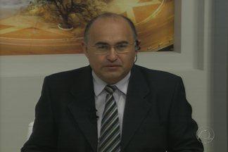 Ex-prefeito de CG, Veneziano Vital do Rêgo, pode ser o candidato da oposição partidária - Veja na coluna de política de Arimatéa Souza.