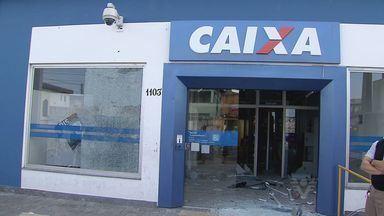 Bandidos explodem caixa eletrônico de agência em São Vicente - Ação foi de madruga