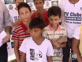 Crianças do Bairro Todos os Santos pedem uma quadra de esportes no local - Secretário de Esportes e Lazer, Galba Coelho fala sobre o assunto.