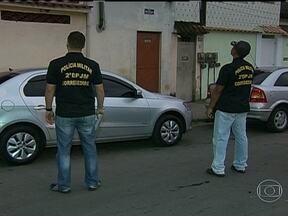 Delegacia de Repressão ao Crime Organizado faz operação contra milícias - O objetivo da operação é desarticular milícias violentas no estado. Segundo investigações, PMs, ex-policiais e até um ex-vereador estão envolvidos.