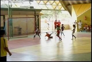 Copa Inter TV de Futsal chega ao fim em Itacarambi - Atletas mostraram talento e os torcedores empurraram as equipes.