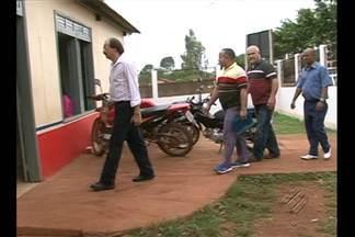 Mais quatro médicos cubanos chegaram a Altamira, no sudoeste do Pará - Hoje eles participaram de uma reunião com representantes da Secretaria Municipal de Saúde.