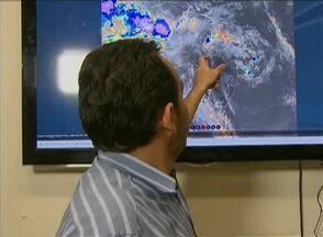 Chuva de granizo assusta moradores de Riacho das Almas - Apac não confirma fenômeno na cidade, mas está analisando o caso.