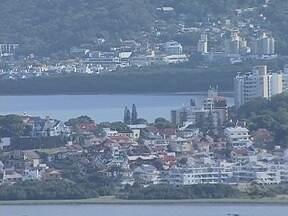 Projeto de lei quer revisar valores de IPTU em Florianópolis - Projeto de lei quer revisar valores de IPTU em Florianópolis