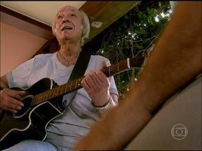 Erasmo Carlos comemora canção Além do Horizonte na abertura da novela - Cantor relembra canções de sucesso que marcaram outras tramas