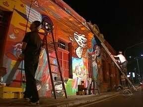 Grafite em fachada de bar tombado por patrimônio histórico na capital divide opiniões - Grafite em fachada de bar tombado por patrimônio histórico na capital divide opiniões