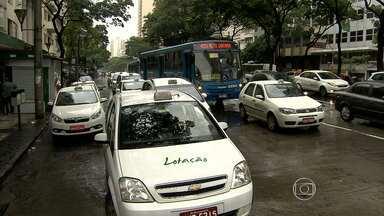 Polícia procura suspeitos de morte de taxista em Belo Horizonte - Corporação ainda não possui pistas do assassinato.