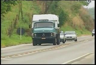 Movimento nas rodovias federais mineiras deve aumentar em 40% no feriado do dia 15 - Polícia alerta para a necessidade de se verificar as condições dos veículos antes de pegar estrada.