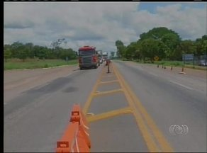 Aumenta movimento nas rodovias federais na véspera do feriadão - Aumenta movimento nas rodovias federais na véspera do feriadão.