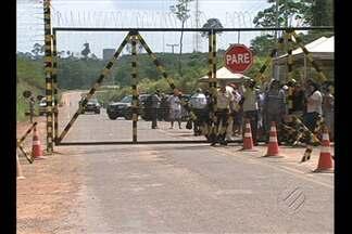 Justiça proíbe que operários em greve bloqueiem o portão de acesso ao Sítio Belo Monte - Para garantir o cumprimento dessa decisão, a Força Nacional reforçou a segurança no local.