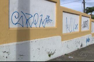 JPB2JP: Prédios e monumentos históricos são alvo de vandalismo em João Pessoa - Câmeras de segurança registram depredação.