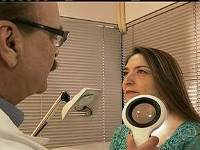 Brasil tem mais de 130 mil novos casos de câncer de pele todos os anos - O risco varia de pessoa para pessoa, de acordo com o que os médicos chamam de fototipo. A radiação solar se acumula na pele ao longo dos anos.