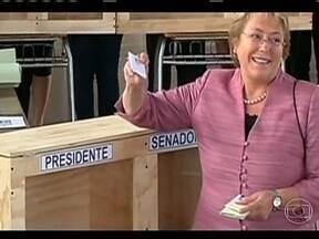 Novo presidente do Chile será decidido no segundo turno - A ex-presidente Michelle Bachelet ficou com mais de 46% dos votos, mas não foi o suficiente para vencer as eleições. A economista Evelyn Matthei, candidata do presidente Sebastian Piñera, ficou em segundo lugar.