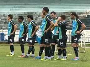 Grêmio enfrenta a Ponte Preta neste domingo pelo Brasileirão - Tricolor gaúcho segue na busca pela vaga direta na Libertadores de 2014.