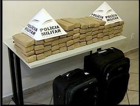 Polícia apreende 41 kg de maconha em malas na rodoviária de Valadares - Homem foi preso em flagrante por tráfico de drogas.