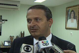 Governador de Pernambuco recebeu título de cidadão sergipano - Governador de Pernambuco recebeu título de cidadão sergipano