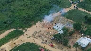 Novas imagens mostram detalhes do confronto entre policiais e invasores de terras em RO - O confronto ocorreu no distrito de Porto Velho, Rio Pardo.