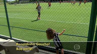No Rio de Janeiro, Atlético-MG joga neste sábado contra Fluminense - Robaldinho Gaúcho não estará no campo, mas tem o apoio da torcida atleticana.