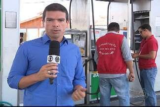 Postos de combustíveis de João Pessoa reajustam preços da gasolina - O valor do litro da gasolina foi reajustado em mais de 6 por cento.