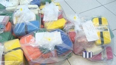 Polícia Federal apreende 182 kg de pasta base de cocaína em Taubaté (SP) - Apreensão aconteceu na madrugada desta quinta-feira (5). Cinco homens foram encontrados com a droga e permanecem presos.