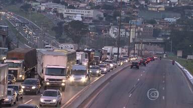 Autoridades anunciam novos prazos para início das obras no Anel Rodoviário e no metrô - Também foram divulgados investimentos em outras obras de transporte e infraestrutura.