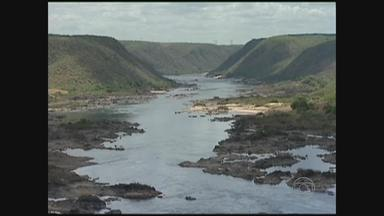 Comitê da Bacia Hidrográfica do São Francisco se reúne no Grande Recife - Grupo vai discutir as consequências de uma decisão do governo federal: para não comprometer a produção de energia, foi limitada a liberação da água dos reservatórios das hidroelé