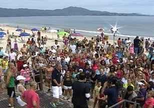 Programa Bem Estar é transmitido ao vivo da praia de Jurerê Internacional - Programa Bem Estar é transmitido ao vivo da praia de Jurerê Internacional