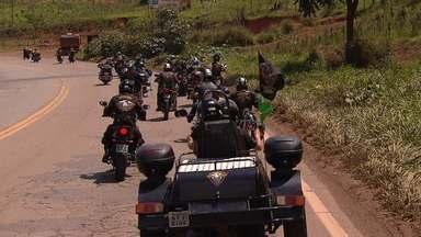 Grupo apaixonado por moto pega estrada e conhece um novo destino a cada fim de semana - São tantos os integrantes que foi preciso fazer uma sede para que todos pudessem se reunir.