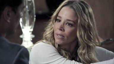 Amarilys se recusa a fazer o exame de DNA - Silvia conversa com Eron sobre a possibilidade de Fabrício ser filho de Niko