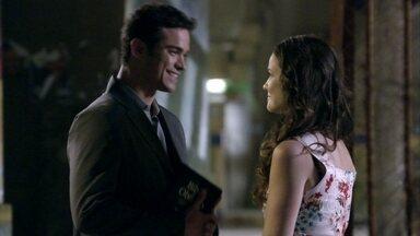 Elias pede para falar com a família de Gina - Ordália apressa a filha para se casar com o rapaz