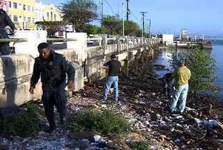 Mulher é encontrada morta no Rio Sergipe - Mulher foi encontrada morta na manhã desta terça-feira (24) no Rio Sergipe.