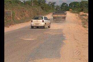 Motoristas devem redobrar cuidados para evitar acidentes na PA-415 - Rodovia está em condições precárias de trafegabilidade.