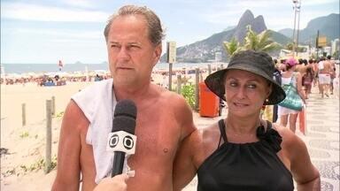 Banhistas dão sugestões para uma boa convivência - O carioca e frequentador das praias também tem o seu manual de boa convivência e fala sobre o que todos devem fazer para uma harmonia melhor neste local público.