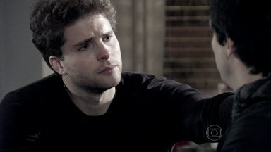 Niko consola Félix - Félix demonstra arrependimento pelo que fez com Paloma