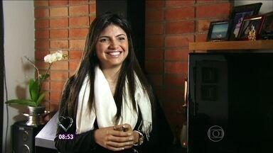 Tássila, uma das participantes do Jogo de Panelas IX, comenta seu jantar - A paulistana conta que arrumou um namorado após participar do reality