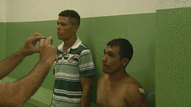 Quadrilha é presa após assaltar uma casa em Ribeirão - O caso aconteceu na madrugada desta quarta (15) no bairro Planalto Verde.