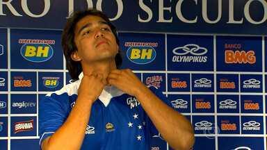 Cruzeiro apresenta jogador Marcelo Moreno em Belo Horizonte - Ele é o quarto reforço para a temporada.