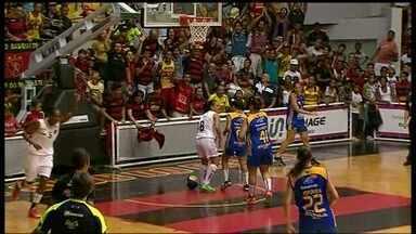 Brasília perde para o Sport e arranca quinta derrota consecutiva - Com o placar de 111 a 34, equipe é a lanterna do campeonato.