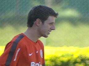 Aylon foi destaque na vitória do Inter sobre o São Luiz - Jogador veio do São Paulo de Rio Grande, por quem foi artilheiro da divisão de acesso
