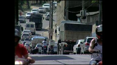Mais de 36 acidentes são registrados em Cachoeiro de Itapemirim, no Sul do ES - Somente no ano passado, 10.320 multas forma aplicadas.