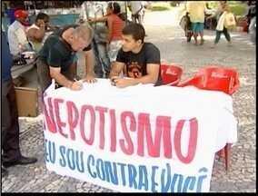 Movimento popular recolhe assinaturas para pedir fim de suposto nepotismo em Teófilo Otoni - As assinaturas serão levadas até a câmara de vereadores.