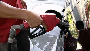 Levantamento aponta diferença de quase R$ 0,50 no preço do litro da gasolina em BH - Pesquisa foi feita pelo Instituto de Pesquisas Econômicas da UFMG.