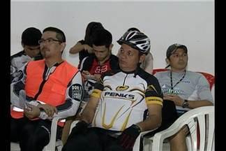 Prefeitura de Belém se reúne com ciclistas para discutir a implantação de novas ciclofaixa - A repórter Flávia Lima tem as informações.