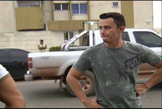 Militar com sinais de embriaguez provoca acidente com quatro carros - Um militar perdeu o controle do carro e provocou um acidente por volta de 5h20, desta quarta-feira (22), na Avenida São Sebastião, bairro Santa Clara, em Santarém, oeste do Pará.