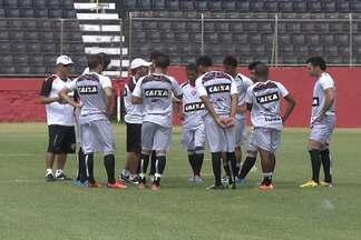 Técnico Ney Franco faz mudança radical no Vitória para o jogo desta quarta - A equipe que entra em campo pelo Nordestão é quase toda formada por atletas da base rubro-negra.