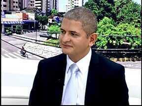 MGTV em Divinópolis explica sobre a retirada de passaportes - Ao vivo no estúdio do MGTV delegado traz informações sobre a emissão de passaportes na cidade.