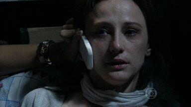 Rebeca tenta passar um recado em código para Pérsio - Aline fica desconfiada e Ninho tenta acalmar a amante. Pérsio também estranha o recado de Rebeca. Aline planeja sua fuga e a morte de César